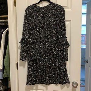 Zara floral pleated long sleeve dress